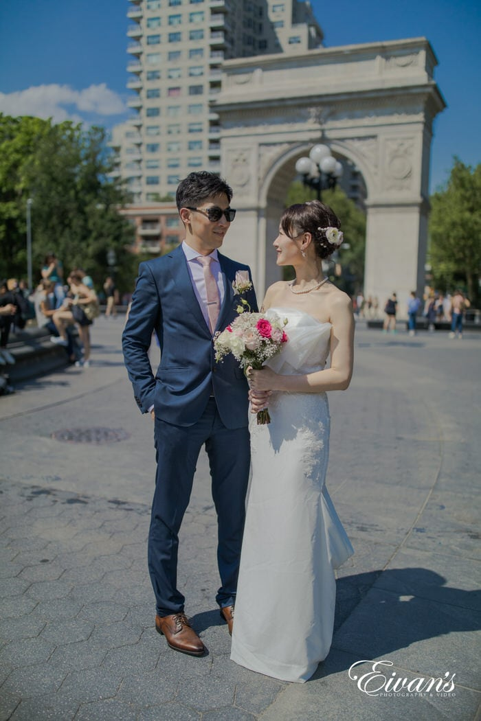 This photograph captivates the couple in one of the most beautiful locations in New York City.
