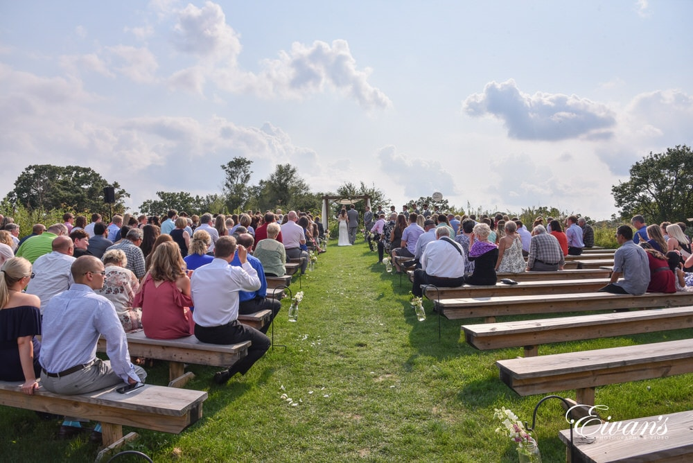 This is an overall view of the romantic ceremony that will contain the love of this precious couple.