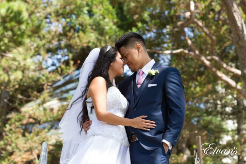 The beautiful redwood trees give a gorgeous backdrop to the undeniable love of this couple.