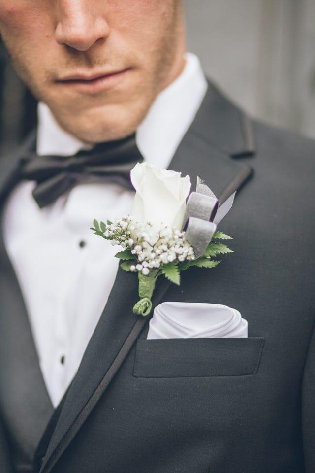 close-up shot of red and black bouquet, sacramento wedding photographer portfolio