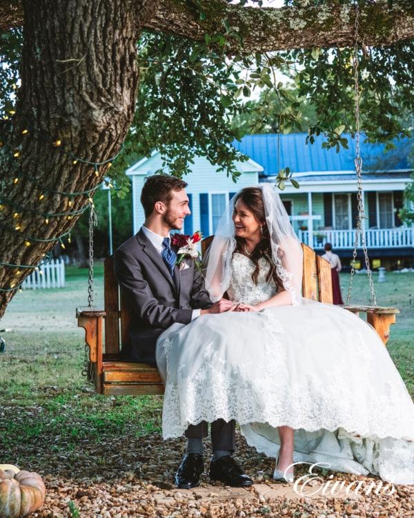 fun-wedding-ideas-recreate-the-moment_