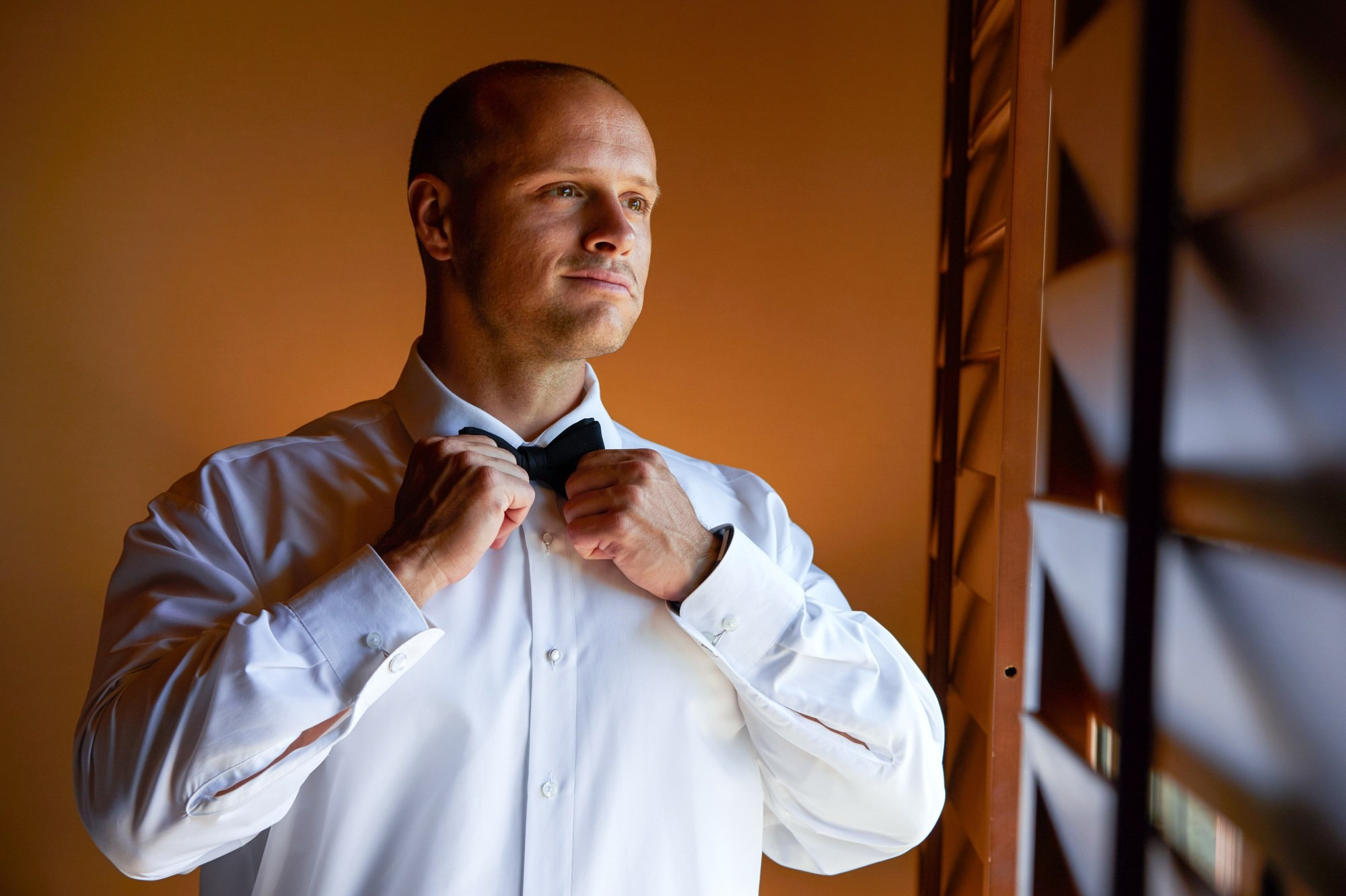 a man wearing a neck tie